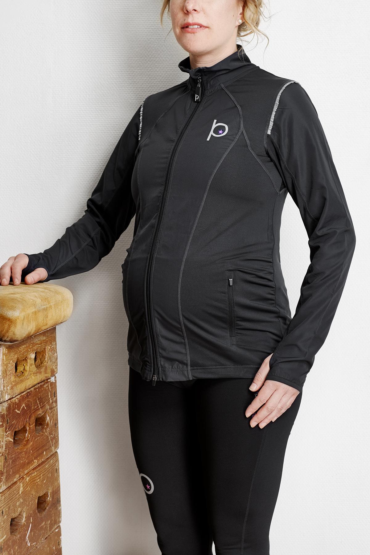 Träningsjacka för gravida som passar både under och efter graviditet.